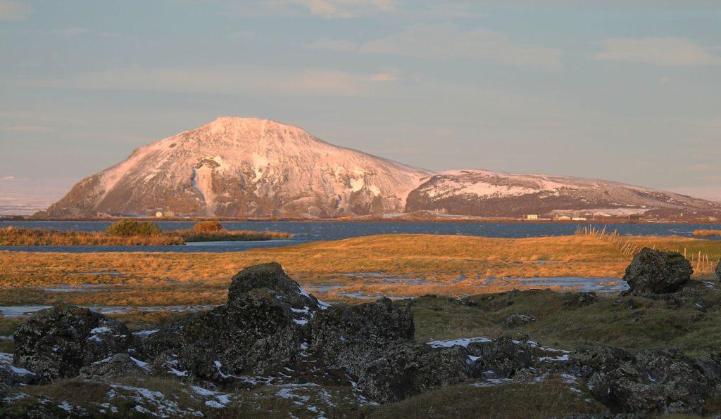 El lago Mývatn en Bicicleta