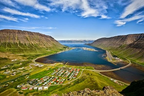 Isafjordur - La Capital de Los Fiordos Occidentales   Islandia24
