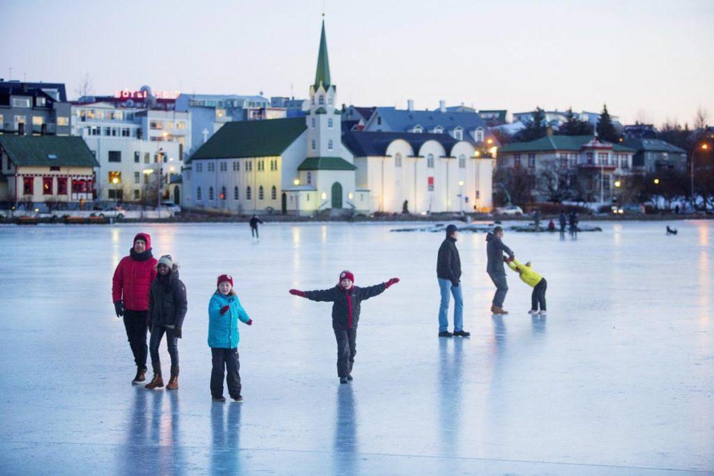 ReikIavik y Akureyri - Conoce las dos grandes ciudades de Islandia