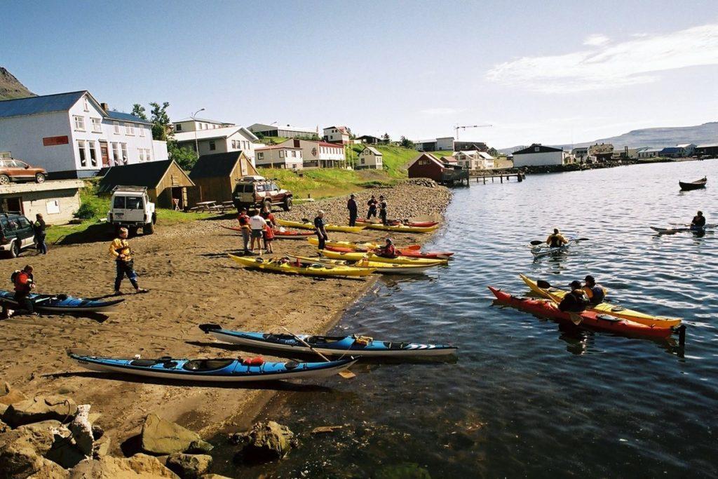 El hermoso pueblo pesquero de Neskaupstaður - Al este de Islandia