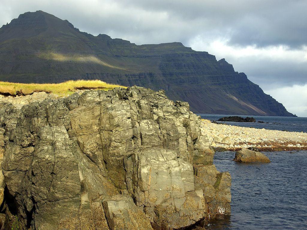 Gerpir, un paraíso para tus rutas de senderismo en Islandia