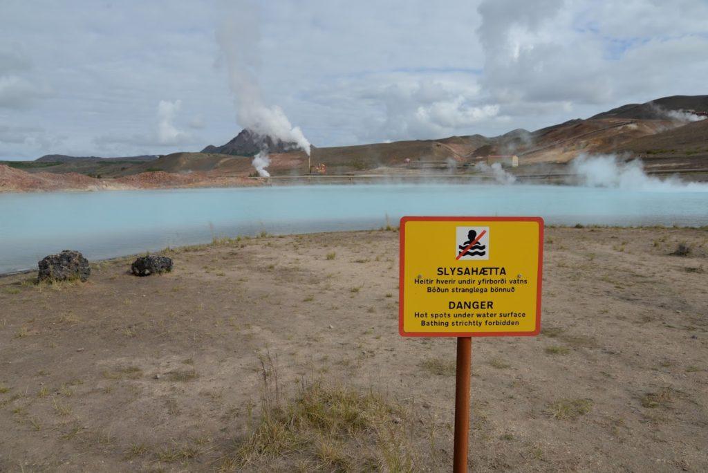 ¿Cómo viajar seguro a Islandia? - Consejos para lugares peligrosos