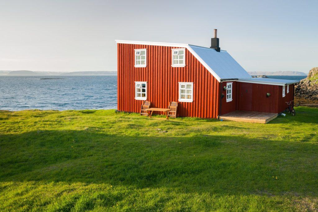En ferry a la isla de Flatey! Visita los Westfjords de Islandia