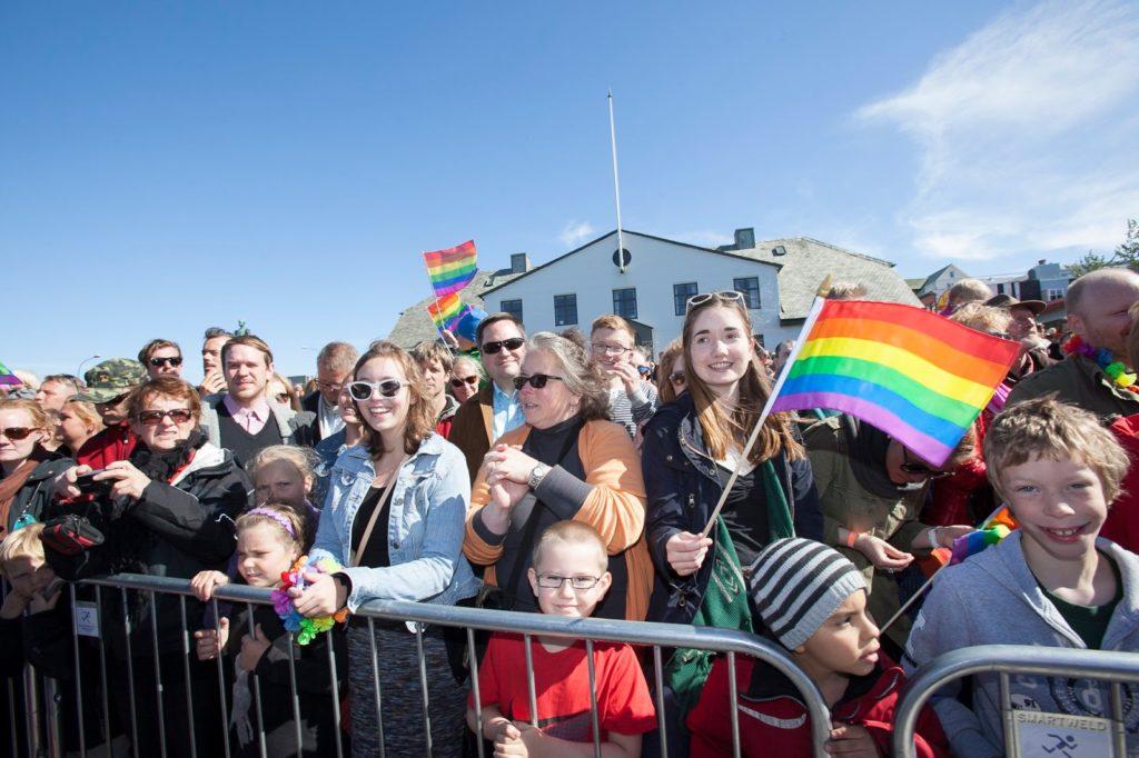 Orgullo Gay en Islandia. ¡Una fiesta de 100.000 personas!