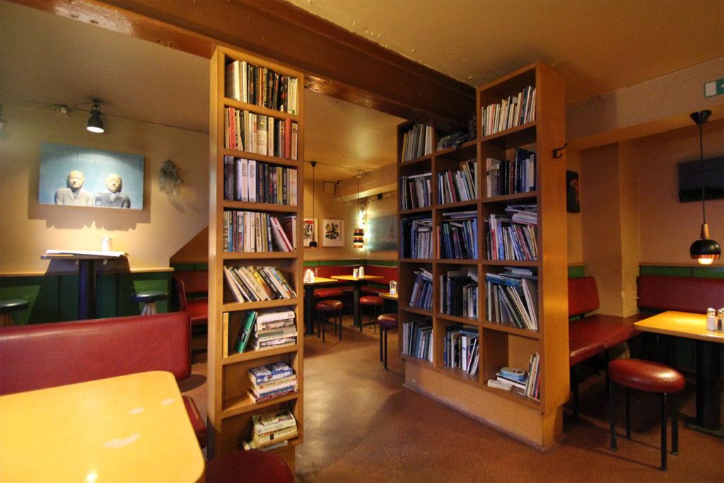 ¿Dónde comer en Reikiavik? ¡Los mejores bares y cafés!
