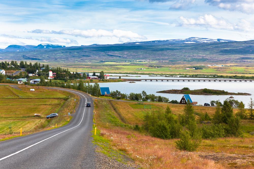 carretera de acceso a Egilsstaðir