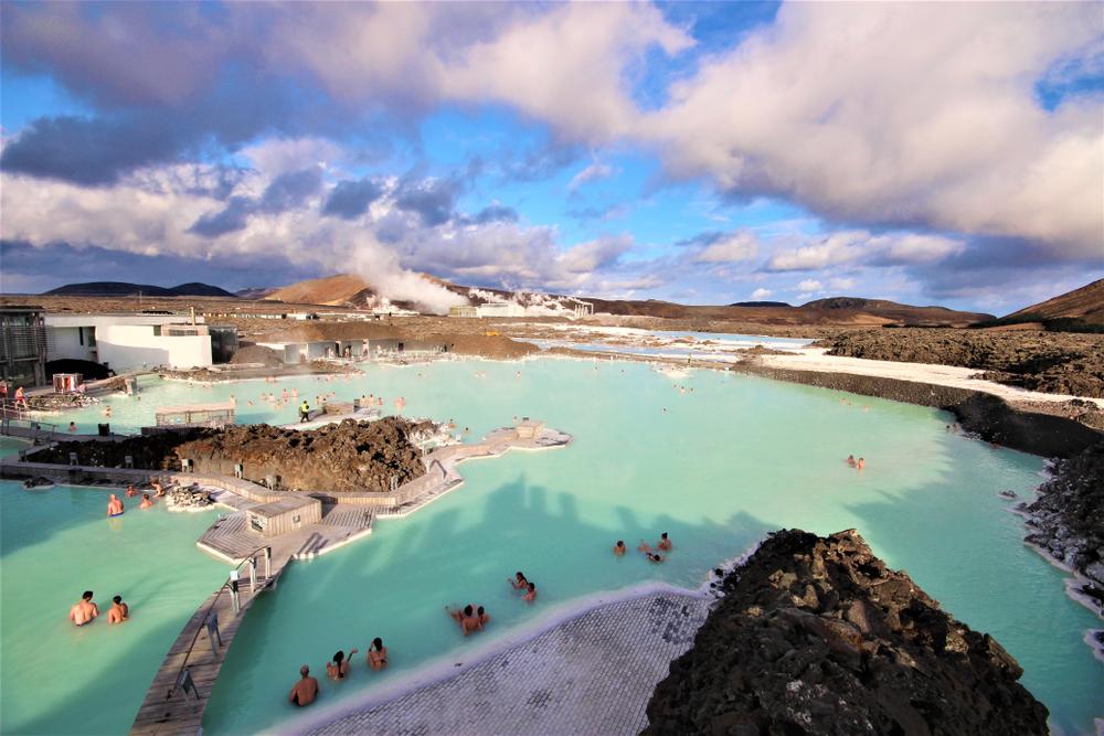 Blue Lagoon uno de los baños termales islandeses más famosos