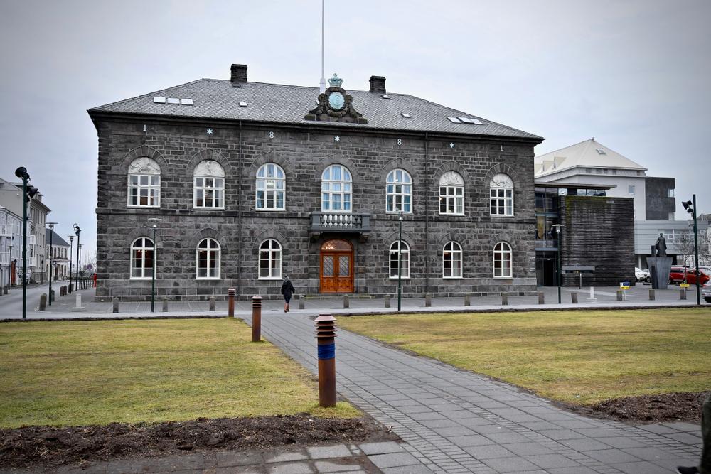 Parlamento Islandía en la capital