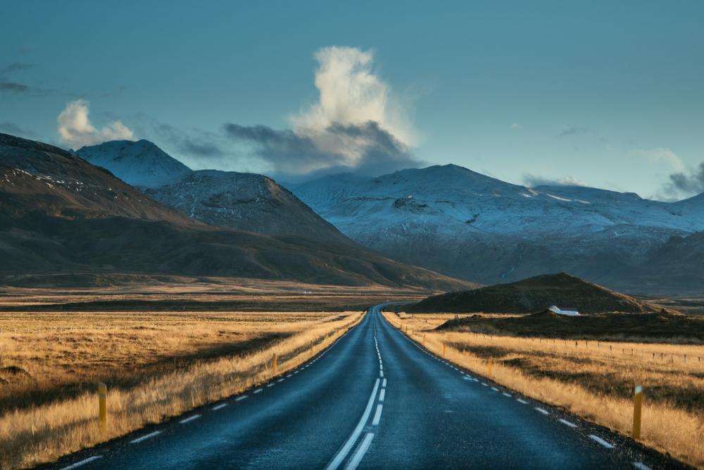 Carretera típica Islandesa donde los peajes en Islandia no aplican
