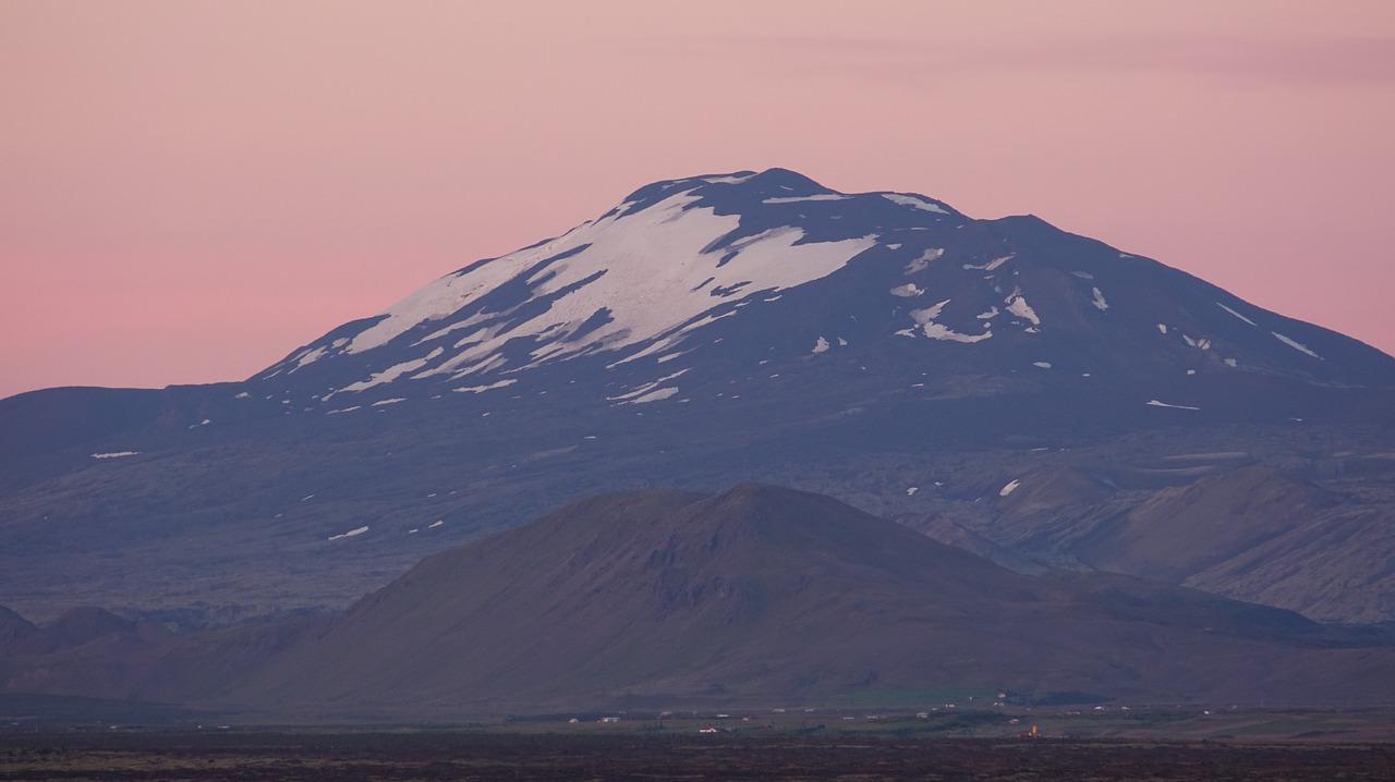 Volcán Hekla visto desde la distancia